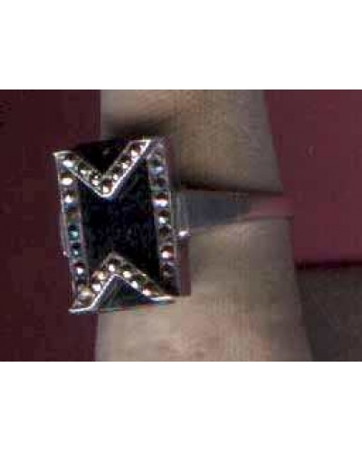 Marcasite on Onyx 925 Sterling Ring
