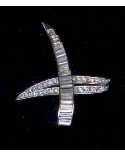 Boucher 6565 Signed Rhinestone Pin